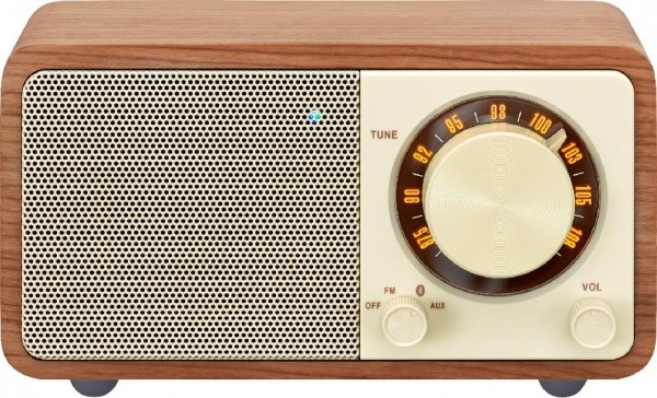 Sangean Radio 2-Band Bluetooth Akku, WR-7 Walnut, USB aufladbar, Holzeghäuse, Aux-in