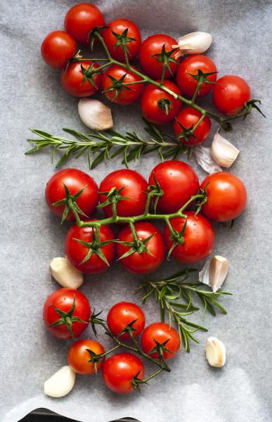 tomatoes-3574427_1920