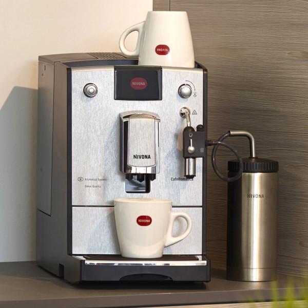 Nivona CafeRomantice Nicr 670 Kaffeevollautomat, 3D Silver Line, Espresso-Vollautomat